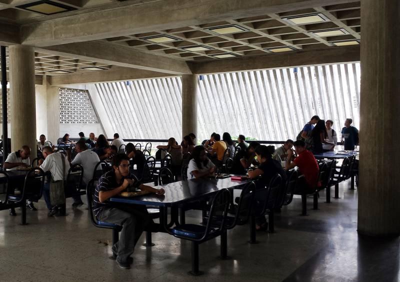 Servicio de comedor UCV reinicia actividades solo para el almuerzo